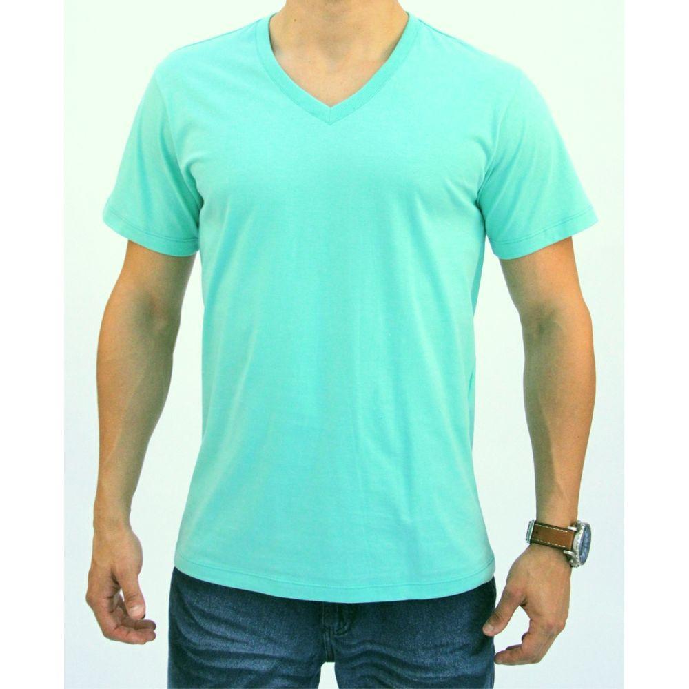 3669e6d96 Camiseta básica Masculina com decote V - Pau a Pique