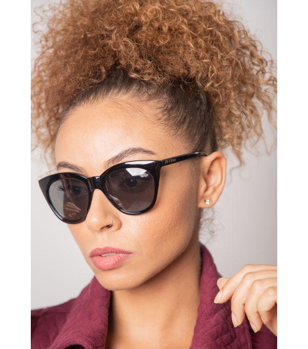 Oculos-de-sol-pau-a-pique-MOD-28-F