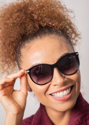 Oculos-de-sol-pau-a-pique-MOD-30-F