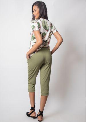 calca-pantacourt-pau-a-pique-basica-verde-9502-v